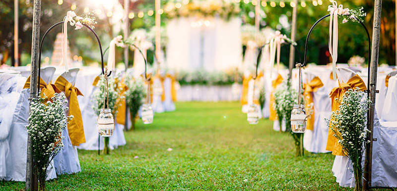 Cypress Lakes Resort Hunter Valley wedding outdoors aisle